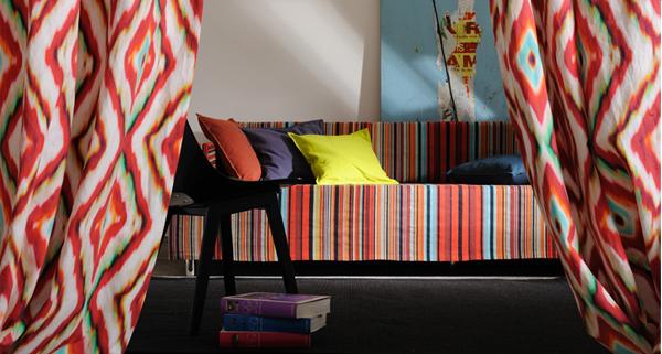 Casa primavera nuova vita alle pareti di casa con colori e tessuti - Colori alle pareti di casa ...